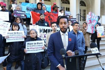 Concejal Antonio Reynoso durante una rueda de prensa en el City Hall, previo al inicio de la Ley de Derecho a Saber.